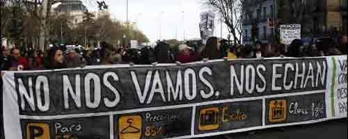 Imagen-Video: Inmigrantes espanoles en Montreal exigen respuestas al gobernador del Banco de Espana