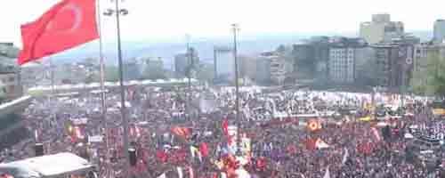 """Imagen-Video: Detienen en Turquia a 13 blogueros por """"avivar la ira y el furor"""""""