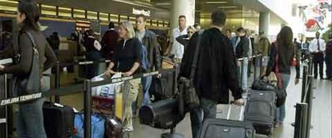 Imagen-Banco de Espana alerta el riesgo que supone la alta emigracion